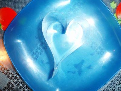 закуска из печени трески рыбные закуски закуска ко дню святого валентина дню всех влюбленных рецепты к празднику рыбные блюда к празднику как украсить блюдо к празднику 14 февраля день всех влюбленных день святого валентина что приготовить меню к 14 февраля день всех влюбленных день святого валентина праздничное меню праздничные блюда рецепты для любимых рецепты в форме сердца рецепты с фотографиями пошаговые рецепты
