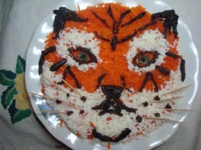салат тигр к новогоднему столу 2010 6